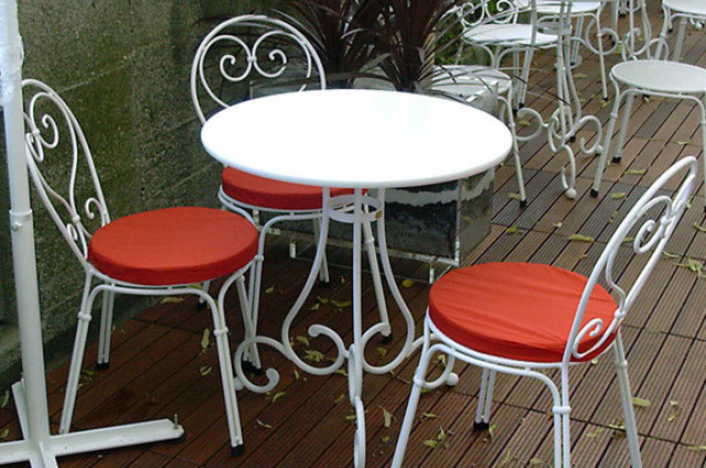 Okrogla miza Pariz